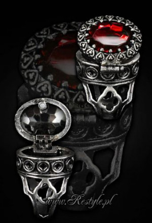 "Кольцо - тайник Gothic, locket ring ""POISON RING - RED"" Oval ring with secret compartment - Изображение"