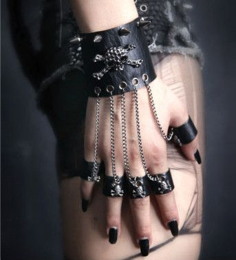 Браслет Spike Knuckle Bracelet - Изображение