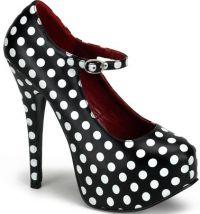 Обувь на тонком каблуке, аксессуары к черному платью, сиреневое платье