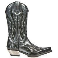 Ботинки, обувь на платформе или на тяжелом каблуке, готический имидж, молодежная косметика